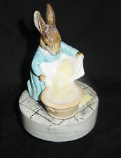 SCHMID BEATRIX POTTER CECILY PARSLEY PORCELAIN FIGURINE MUSICAL LULLABY vtm