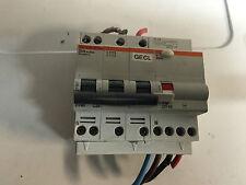 1 disjoncteurs  dt40 tetra c25