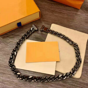 The 2021 chain item retro bracelet is classic and versatile
