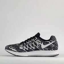 Nike Herren-Laufschuhe mit 45 Größe