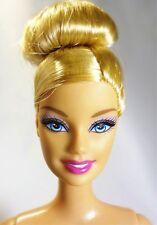 Barbie Honey blonde hair Sassy Up do Blue eyes Pink lips Articulate legs - Nude