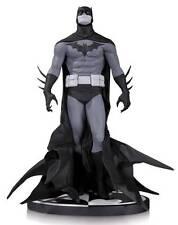 SIGNED Batman Black & White DC Direct Statue ~ Jae Lee Comic Art / Design