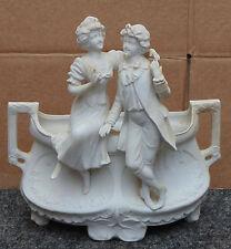 superbe ancien grand vase art nouveaux RARE BISCUIT homme femme tres fin detail