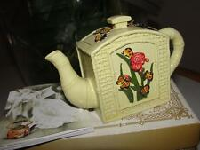 BUTTERFLIES TEAPOT Miniature COLLECTIBLE handpainted (circa 1970)