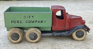 Vintage Tootsietoy City Fuel Company Mack Truck