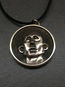 Frank The Robot Queen pendant handmade sterling silver 925 News of the World
