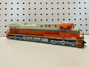 Athearn HO Scale Norfolk Southern Interstate Heritage AC4400CW #8105 DCC Ready
