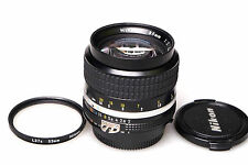 Nikon Nikkor 85mm f2 AIS