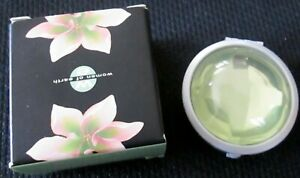 NEW DISCONTINUED AVON WOMEN OF EARTH SOLID CREAM TO POWDER PERFUME IN BOX