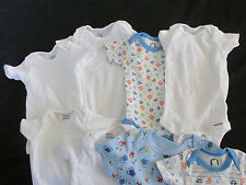 LOT OF 7 ONESIES BABY/INFANT GERBER~FADED GLORY 0-3 MONTH WHITE TRAFFIC ALIENS
