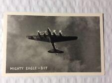 MIGHTY EAGLE BOMBER B-17 PLANE UNUSED POSTCARD 1940s #925