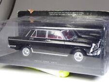 ALTAYA SEAT 1500 Black 1971 in 1:24 BNIB
