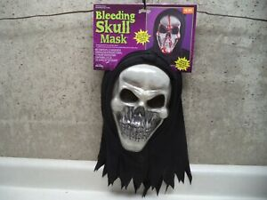 Halloween Mask Bleeding Skull Two Layer Fake Blood Flow Down Face NEW!!!