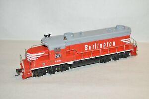 HO scale Tyco Chicago Burlington & Quincy RR EMD GP20 locomotive train w/ KD's