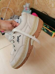 British knights trainers Shoes In Beige Suede Size Uk 9