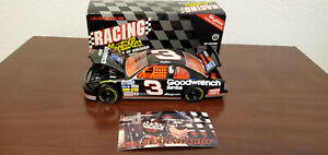 Dale Earnhardt 1995 GM Goodwrench #3 RCCA  1:24 Diecast w/ SkyBox Trading Card