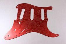 Red Anodized Paisley in alluminio SSS Strat pickguard-si adatta Fender Stratocaster