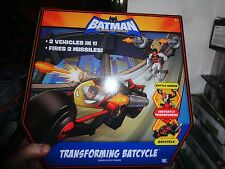 BATMAN BRAVE AND THE BOLD TRANSFORMING BATCYCLE, 2 VEHICLES IN ONE