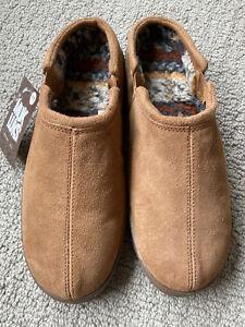 NWT Men's Muk Luk Suede Printed Berber Slippers Tan Size 11