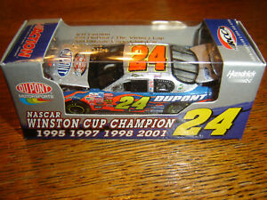 #24 Jeff Gordon 2003 DUPONT / VICTORY LAP 1/64 Action RCCA NASCAR Diecast NEW