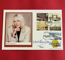 WENDY RICHARDS SIGNED 2002 FIRST DAY COVER