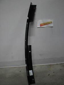 Pontiac GM OEM 06-09 Solstice Front Bumper Grille-Center Support 25843682