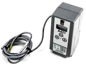 Johnson Controls A421GBF-02 A419GBF-1 Temperature Control - New OEM