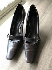 BCBG Girls Brown Leather Pointy Toe pumps Size 6M