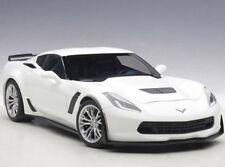 Autoart Chevrolet Corvette C7 Z06 1:18 Model Car Arctic White 71261