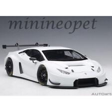 Autoart 81527 Lamborghini Huracan Gt3 1/18 Model Car Bianco Isis / White