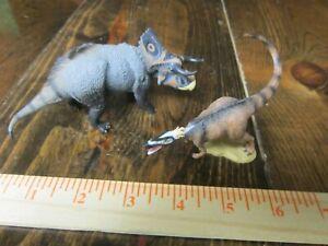 Collecta dinosaur models Xiongguanlong and Naustoceratops