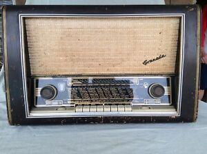 Antique Blaupunkt Tube Radio Drucktasten Super Granada 3D Type 2330 Works!