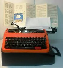 Vintage rare model retro portable typewriter UNDERWOOD 37 red made in Italy