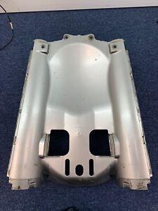 Yamaha MT-01 carénage arrière passage roue gris
