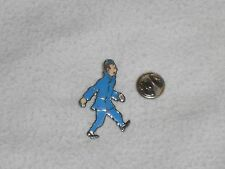 NEW Tintin in Blue Coat Pin Herge Sundancer # 005 lapel badge 5 bleu lotus ?