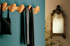 Ona coat rack (Mobles 114) designed by Carlos Riart and Montse Padros