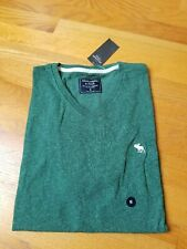 NWT Abercrombie & Fitch Mens Short Sleeve Logo V Neck Tee Medium Heather Green