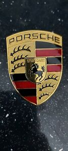 Porsche bonnet badge