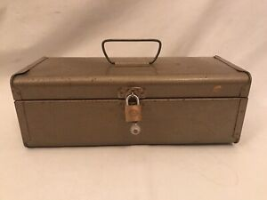 Vintage Metal Carry Toolbox 36.5 cm