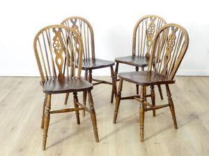 4er Satz antike Stühle, Wheelback Chairs, Windsor, Landhaus um 1920 Ulme