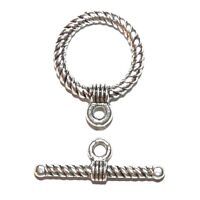 M7132 Antiqued Silver 17mm Twisted Rope Round Toggle Clasp with 25mm Bar 10pc
