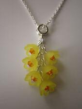 Señoras 17 pulgadas Narciso Cluster Collar, Flores Amarillas-plateado plata