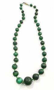 Antique Necklace Stones Malachite Sold IN État. AD3044