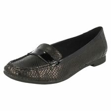 Ladies Clarks Smart Leather Loafers Atomic Lady in 3 Diffent Colours Black Combi UK 6 D