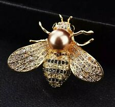 Pearl Brooch cream Cultured Freshwater Pearl On Crystal Studded Bee birthday 337