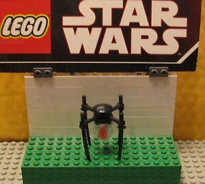 Lego Star Wars Figur B/'omarr Monk 9516 4480
