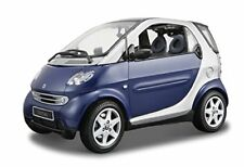 Maisto Mi31852 Smart FORTWO Coupe' Metallic Blue W/additional Panel Black 1 18