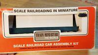 C6 TRAIN CAR BOX CAR KIT NORFOLK WESTERN WORK FLAT CAR W LOAD