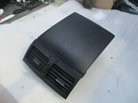 TOYOTA AVENSIS VERSO GLOVE BOX CENTRE VENTS 2001-2003+