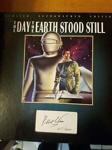 The day the earth stood still Laserdisc Autographed by Robert Wise. Book& CD